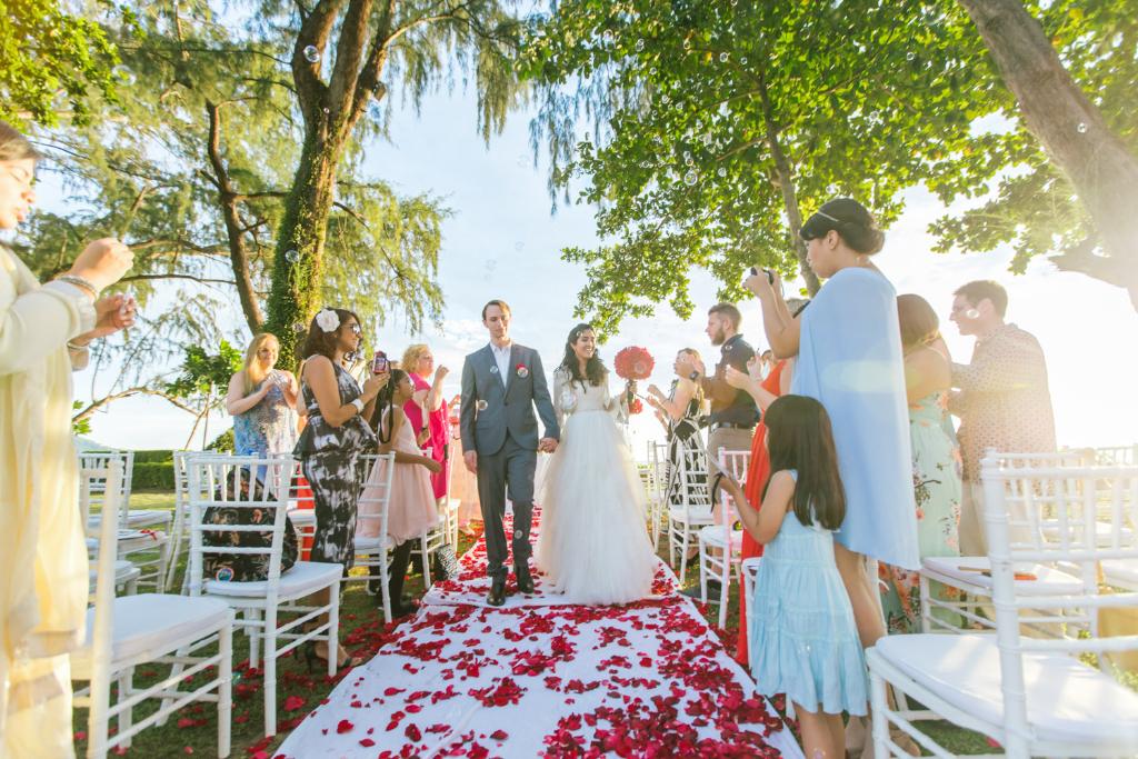 wedding nikkah thailand aisle muslim