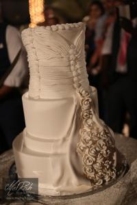 cake wedding Dubai wedding dress